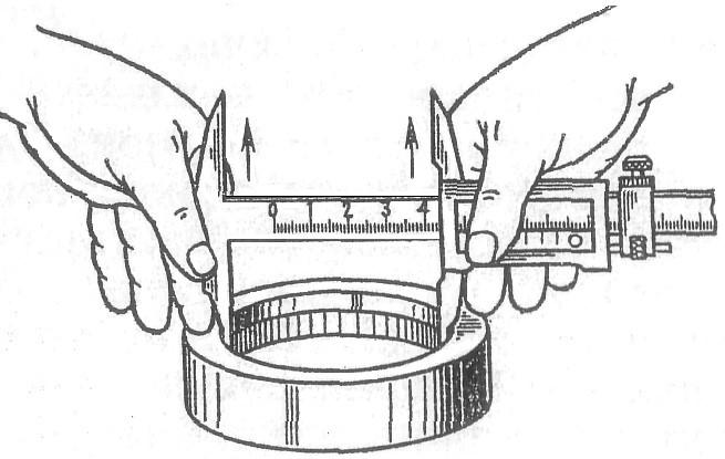 Измерение внутреннего диаметра штангенциркулем