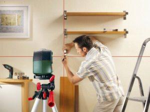 Как пользоваться лазерным нивелиром в доме