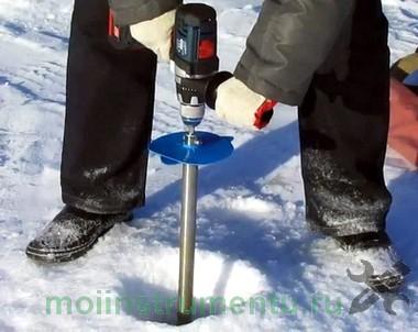 Сверлим лед ледобуром на шуруповерте