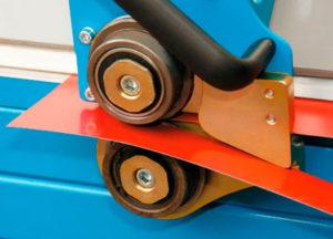 Резка листового материала роликовыми ножницами