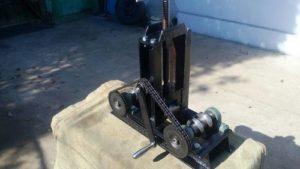 Конструкция вальцовочного станка с шестернями