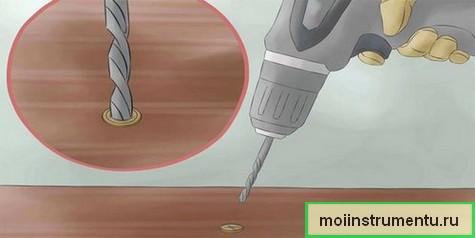Как сверлить отверстие в отломанном болте