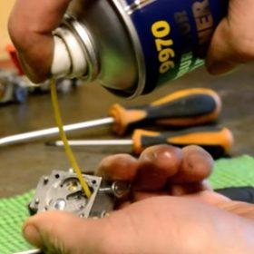 Чистка карбюратора бензопилы и как правильно это делать