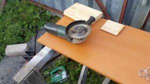 Какой болгаркой обрабатывать древесину
