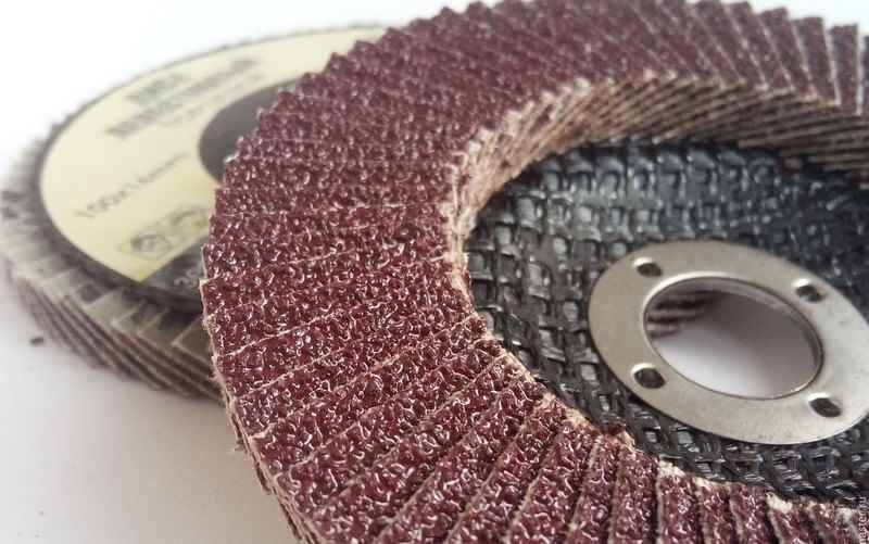 Лепестковый диск на УШМ по дереву