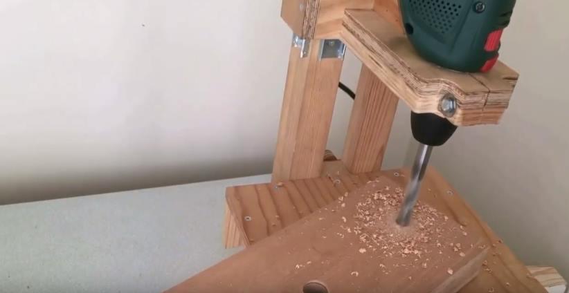 Сверление боковых отверстий