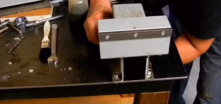 Сверление отверстий для установки неподвижной части