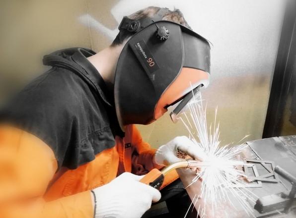 Как пользоваться сварочной маской