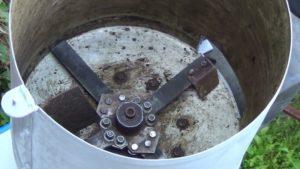 Агрегат для перемалывания травы из стиральной машинки