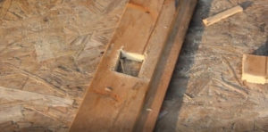 Вырезание отверстий в древесине