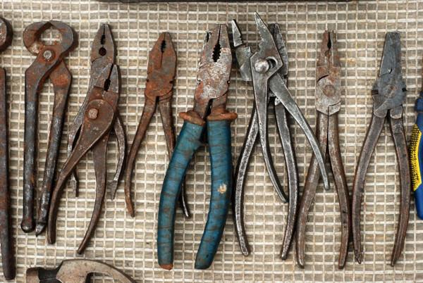 Разновидности шарнирно-губцевого инструмента